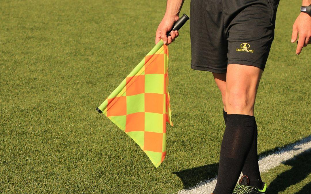 Kompakt-Lehrgang zum Schiedsrichter
